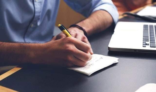 Modello contratto di locazione per studenti universitari